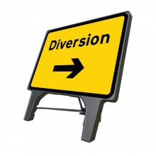 Diversion Right Q Sign (P2702)